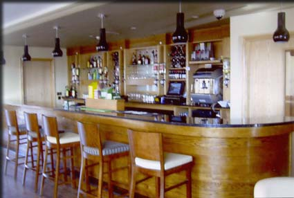 kelly bar manufacturers ireland bar counters 1 rh kellybarmanufacturers com photos of bar counters images of bar counters